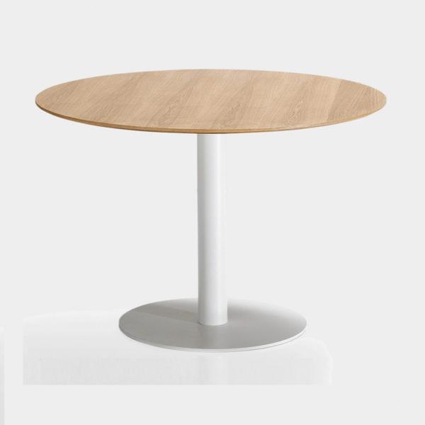 Tables à manger / table à manger tunisie / vente tables à manger / tables à manger pour hotel / tables à manger pour restaurant/ tables à manger en bois